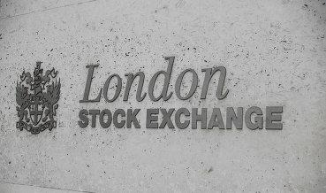 Бумаги компаний РФ торгуются разнонаправленно на бирже в Лондоне
