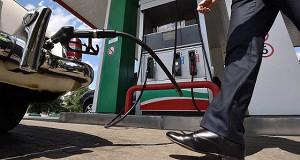 ФАС пообещала отсутствие резких изменений цен на бензин