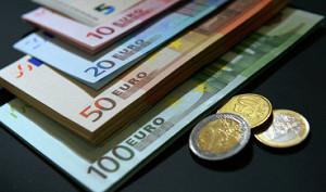 ЦБ РФ может поставить на паузу ежедневные валютные интервенции