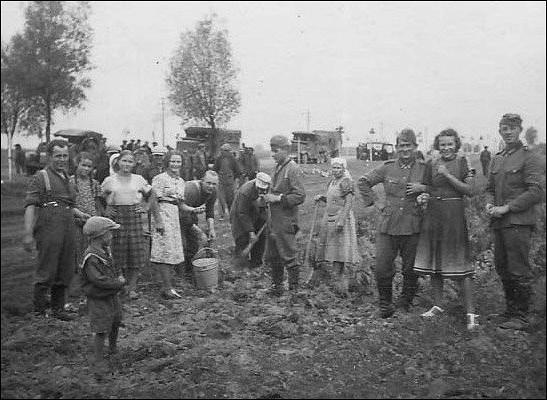 КаквСССР поступали сдетьми, которые родились отнемецких оккупантов