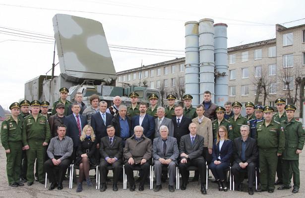 Ежегодный расширенный научно-технический семинар прошел вЯрославском высшем военном училище противовоздушной обороны
