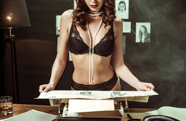 Секс-игра «эротическое чтение»: почему онавозбуждает лучше порно