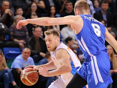 БК«Самара» вовтором матче полуфинала обыграл «Новосибирск»— 72:67