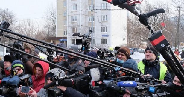 Работу журналистов намитингах ограничат?— соцсети Среднего Урала