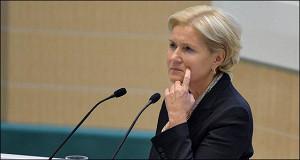 Россияне потеряли 80 млрд рублей в НПФ