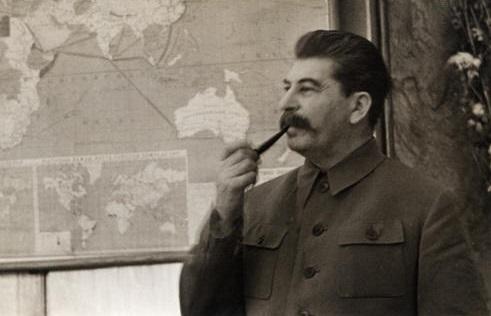 Какие бывшие территории России Сталин хотел отобрать уТурции