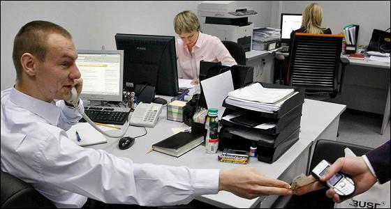 За неделю безработица в РФ выросла на 1,6%