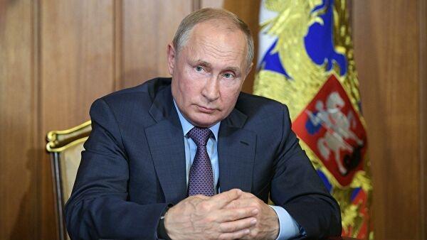 Путин назвал российскую вакцину отCOVID лучшей вмире