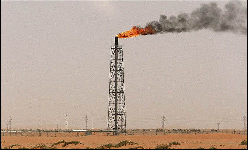 Саудовская Аравия борется с дешевой нефтью
