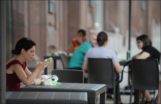 Раскрыты убытки московских кафе
