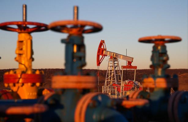 Нефть подорожала наданных озапасах сырья вСША