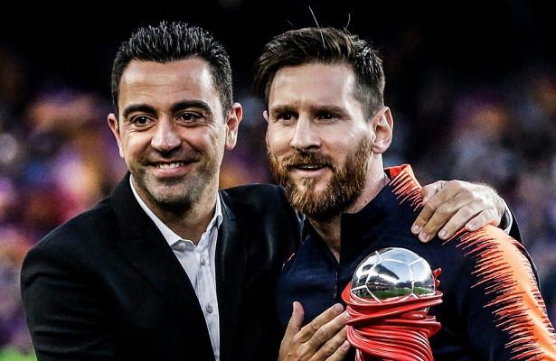 Лионель Месси стал единоличным лидером «Барселоны» поколичеству матчей вПримере