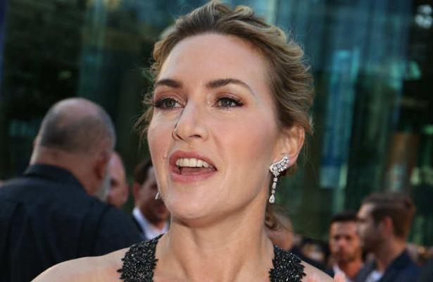 Кейт Уинслет убедительно доказала неправдоподобность концовки «Титаника»