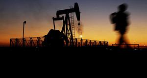 Нефть дорожает в ожидании сокращения запасов в США