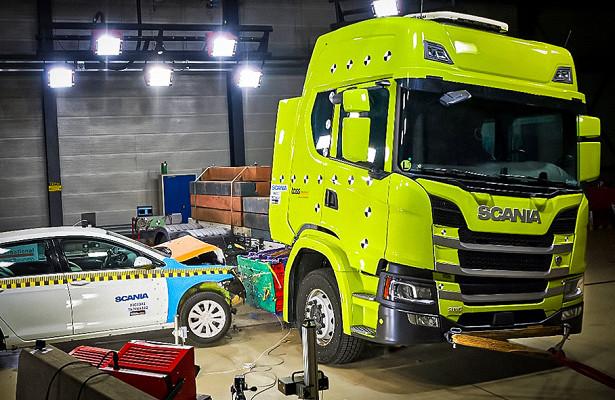 Scania провела краш-тест аккумулятора