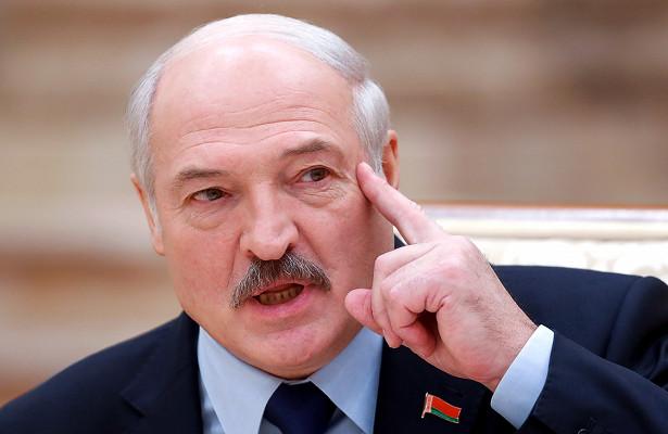 Лукашенко— оЧМ: ниперед кемнаколени невстанем