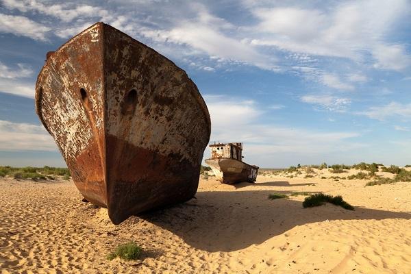 Загадка Аральского моря: куда оноделось