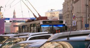 Троллейбусы в центре Москвы признаны дорогими и устаревшими