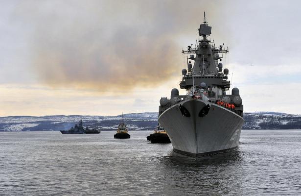 Британия устроила слежку закораблями России