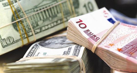 Доллар зафиксировал недельный рост к евро