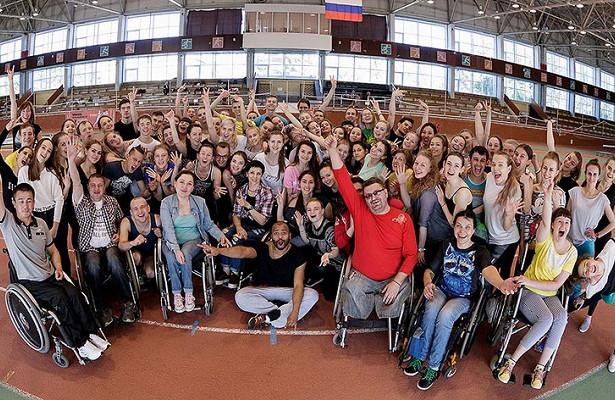 Хореографы шоуТАНЦЫ наТНТприняли участие внеобычном молодежном проекте вЧелябинске