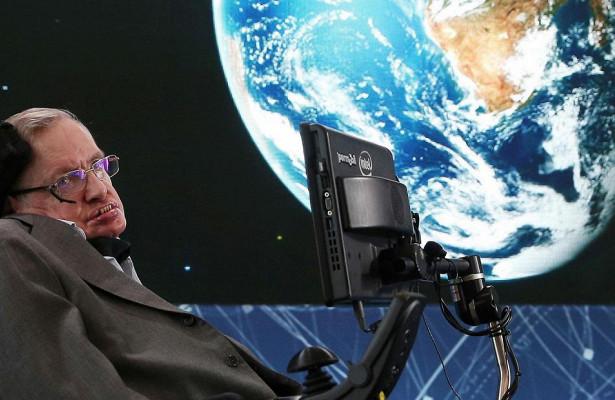 Стивена Хокинга заменили пришельцы: сумасшедшая теория заговора находит научное подтверждение