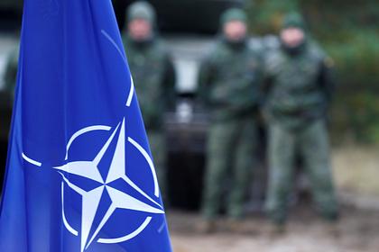Стратегию НАТО поРоссии назвали менталитетом холодной войны