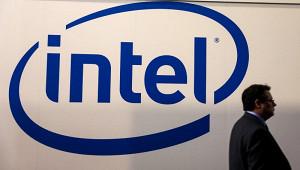 Компания Intel закрыла непростой годсрекордной прибылью