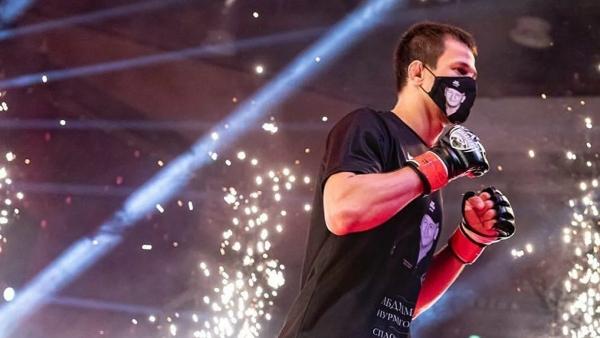 Двоюродный брат Нурмагомедова дебютирует вBellator