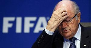 Зепп Блаттер уходит с поста президента FIFA