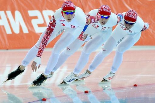 Российские конькобежки взяли серебро ЧЕвкомандной гонке преследования