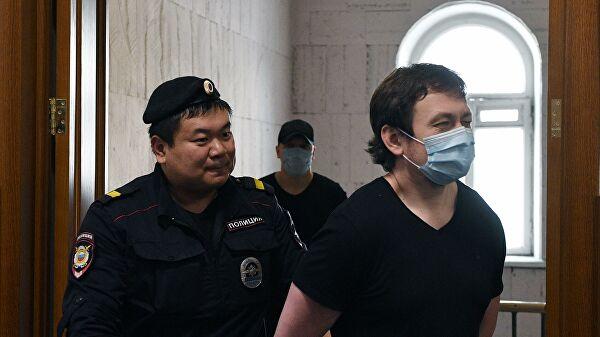 Адвоката полицейского поделу Голунова лишили статуса