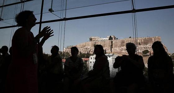 Греции предложили пройтись по счетам