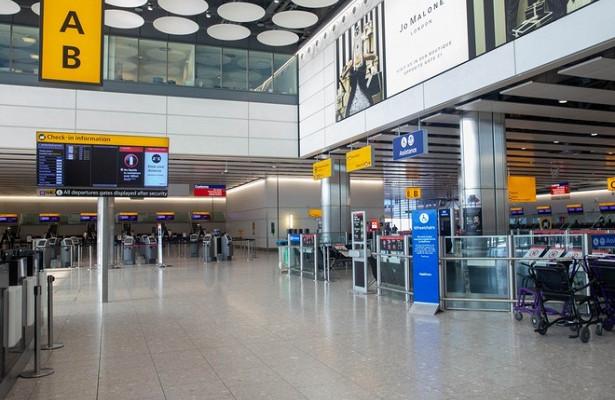 Экстренную эвакуацию провели влондонском аэропорту Хитроу