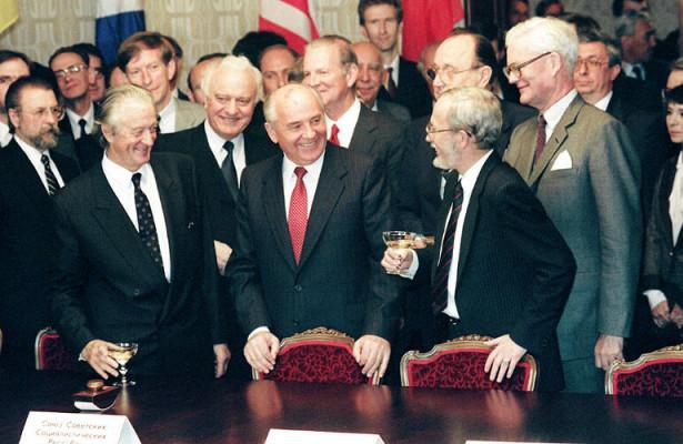 Сдача безбоя. КакМихаил Горбачёв провалил сделку поНАТО