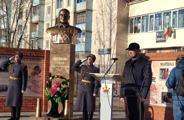 Торжественное открытие сквера маршала Жукова прошло наКСК