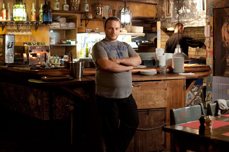 Шишкин курирует испанский ресторан Tapa de Comida, тоже расположенный в окрестностях Цветного бульвара — района, гастрономический расцвет которого начался именно с Delicatessen