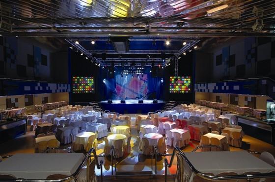 Фото концертный зал Гигант-холл