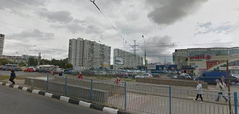 Трамвайные пути у метро «Чертановская»