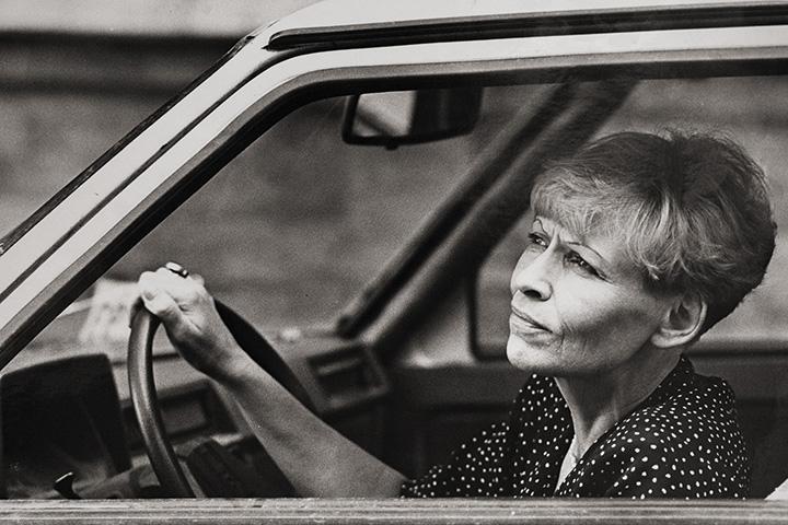 Съемка Натальи Рязанцевой для газеты «Семья», конец 90-х