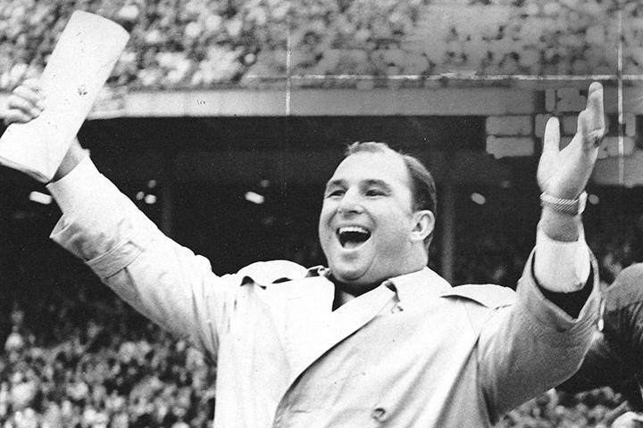 Хэнк Стрэм, главный тренер Kansas City Chiefs