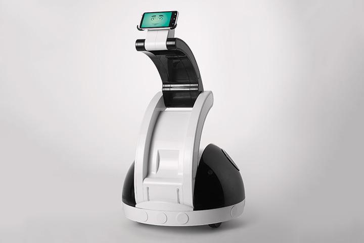 Компактный и недорогой R.Bot Synergy Swan может ездить вместо вас по офису, пока вы, например, болеете, и пугать всех странным выражением лица