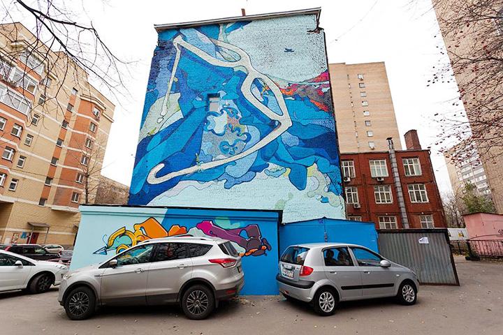 Работа «Высший взгляд» Akue у метро Достоевская создана в рамках фестиваля «Лучший город земли»; 4-й самотечный переулок, 9