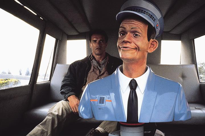 Автомобили как в фильме «Вспомнить все» уже скоро появятся на дорогах, но без кукол-водителей, просто будут ездить сами