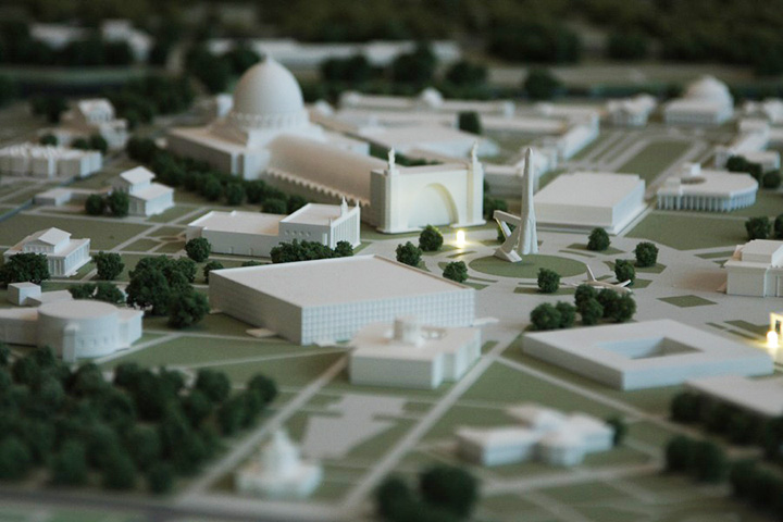 Площадь Промышленности. Фрагмент макета ВВЦ