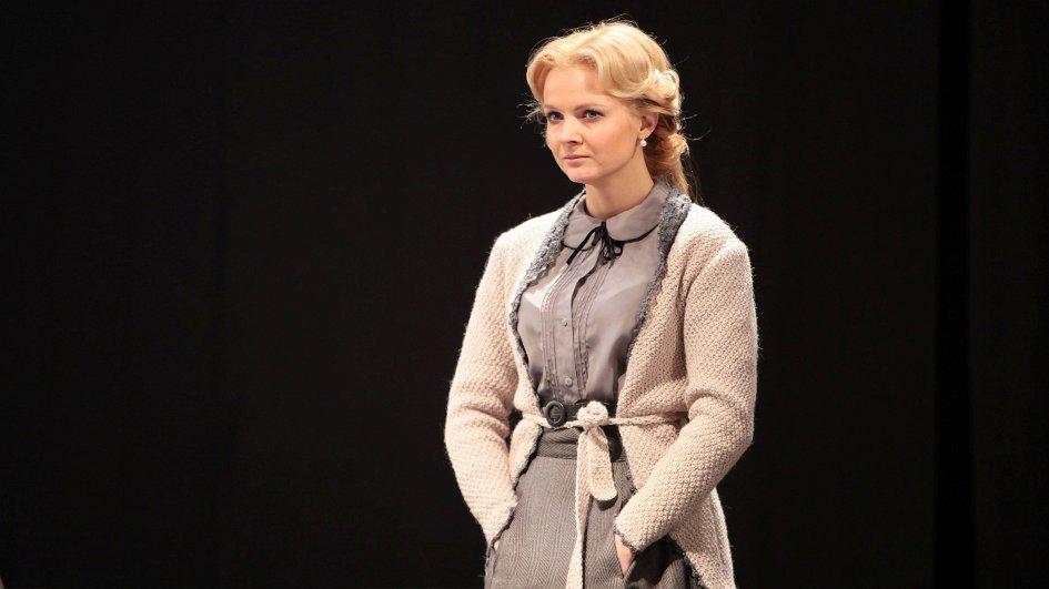 Театр: Бесприданница, Санкт-Петербург