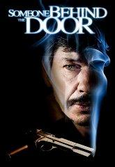Постер Кто-то за дверью