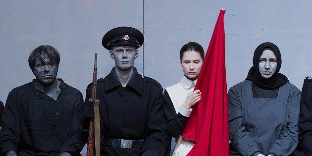 лучших спектаклей Москвы и Петербурга по версии Натальи Синдеевой