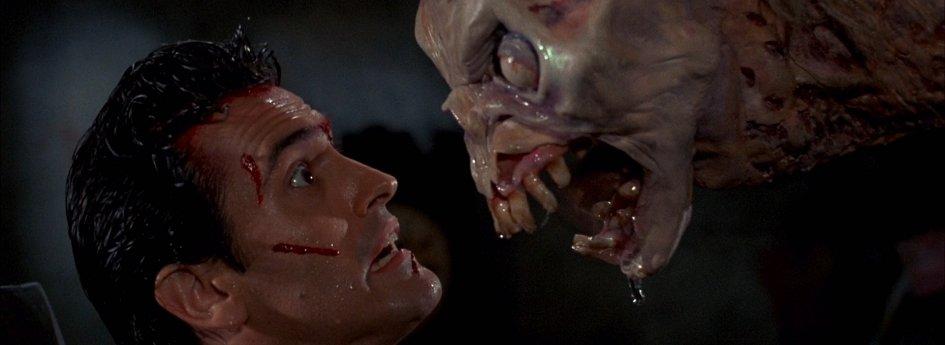 Кино: «Зловещие мертвецы-2»
