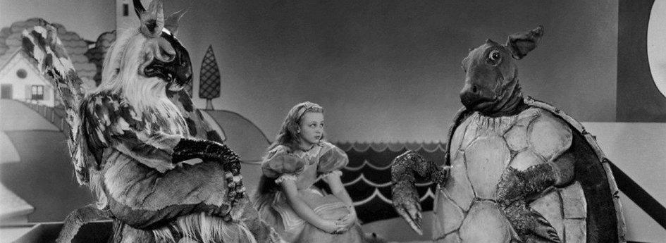 Кино: «Алиса в Стране чудес»